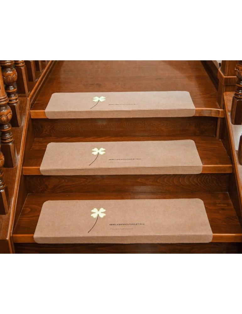 Non Slip Carpets with Luminous Clover 4 Pcs Anti Slip Stair Tread